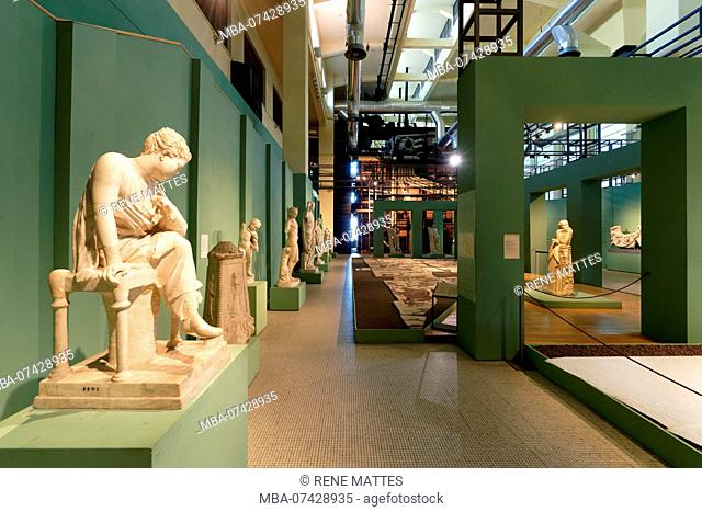 Italy, Lazio, Rome, Centrale Montemartini, former thermal power station, nowadays archeological museum