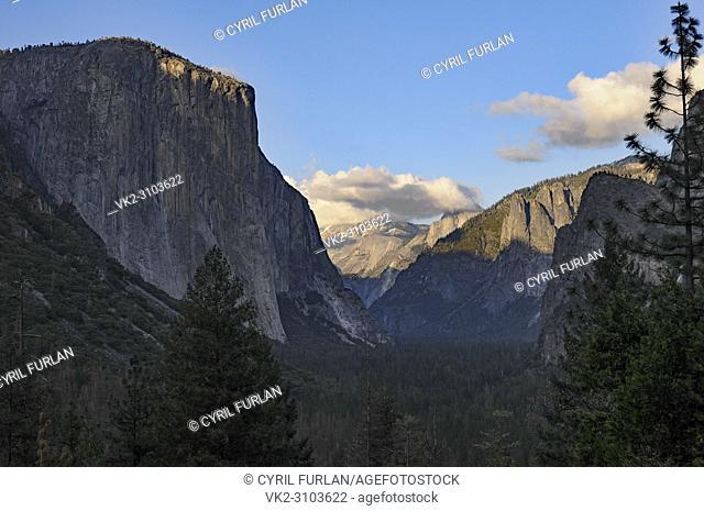 Sunset, Yosemite Valley