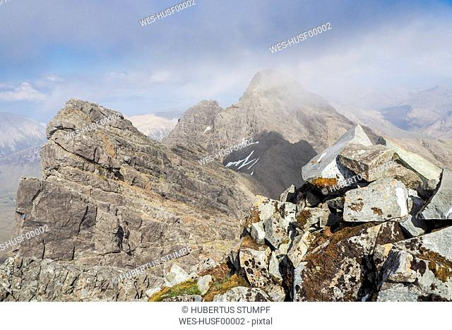 United Kingdom, Scotland, Isle of Skye, Black Cuillins, View from Bruach na Frithe to Am Basteir