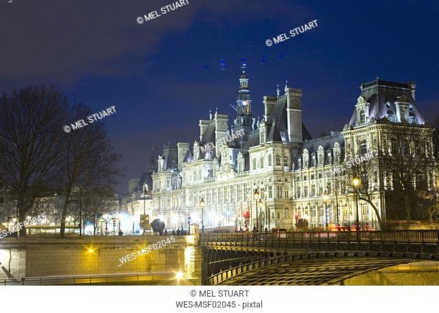 Fance, Paris, Pont d'Arcole, Hotel de Ville