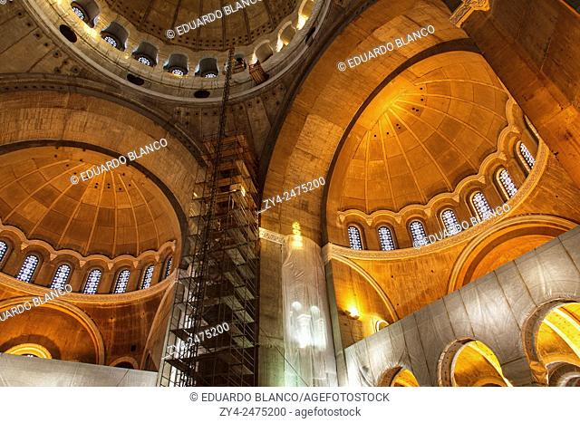 Inside Sant Sava Orthodox church. Belgrad, Serbia