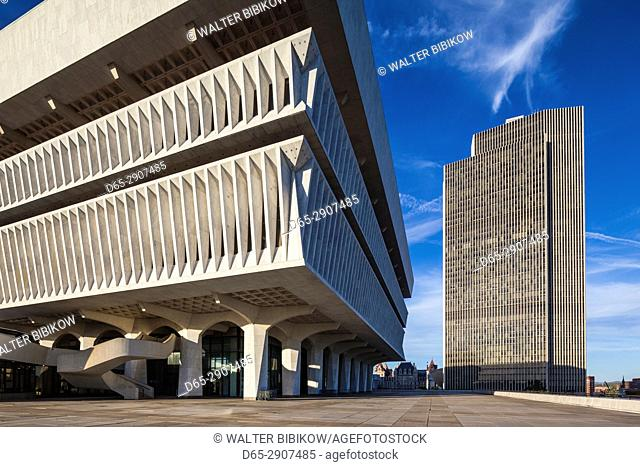USA, New York, Hudson Valley, Albany, New York State Capitol, Rockefeller Empire State Plaza, State Library and Corning Tower