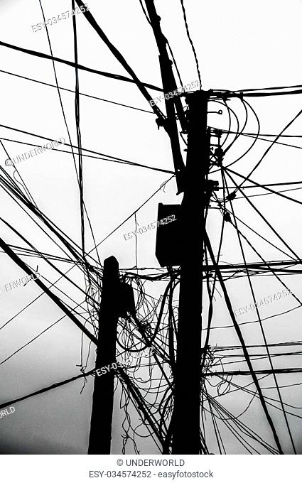Dangerous Street Wire Stock Photos And Images