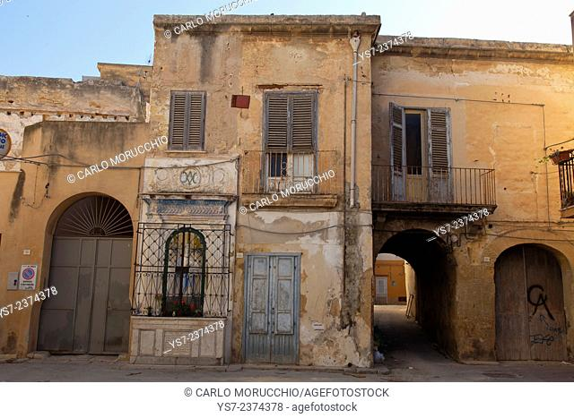 Abandoned houses in the city centere of Marsala, Sicily, Italy, Europe
