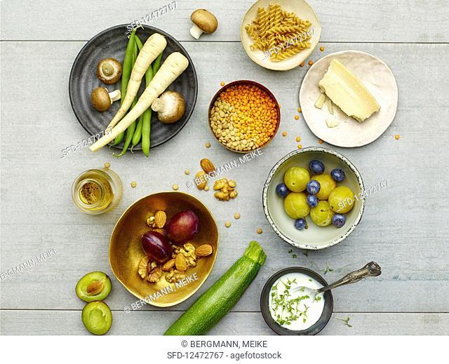 Ingredients for low-carb vegetarian cuisine