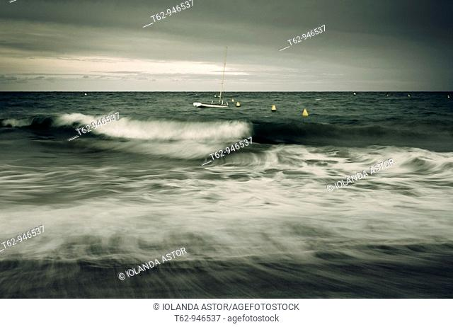 A solitary boat in the middle of the waves  Movement  Mediterranean Sea