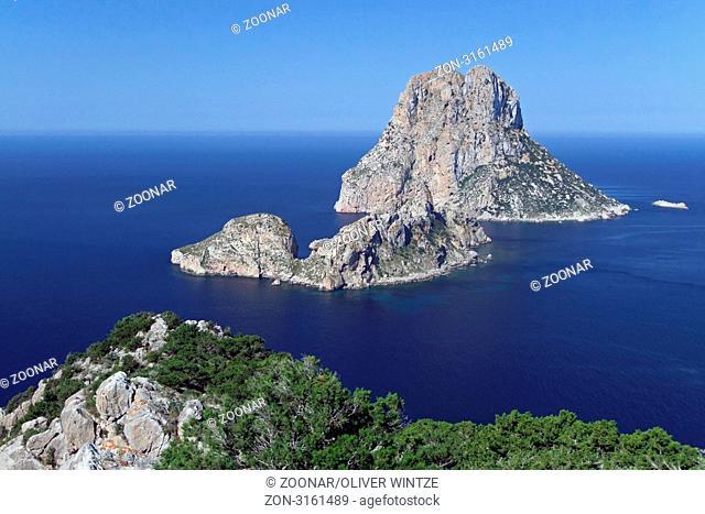 Blick auf die vorgelagerten Insel Es Vedra und Es Vedranell / View to the islands Es Vedra and Es Vedranell