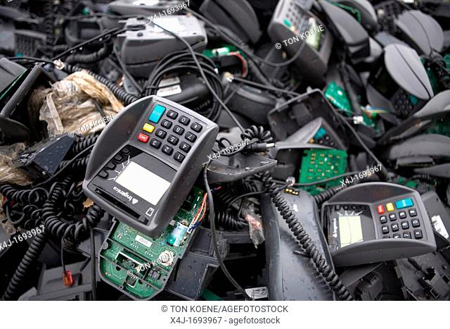 Recycling of paying machines All municipalities in The Netherlands are required to provide known collection points for recyclable and/or hazardous materials All...
