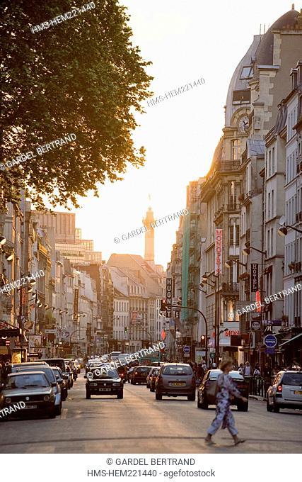 France, Paris, Faubourg Saint Antoine joins up with Place de la Bastille