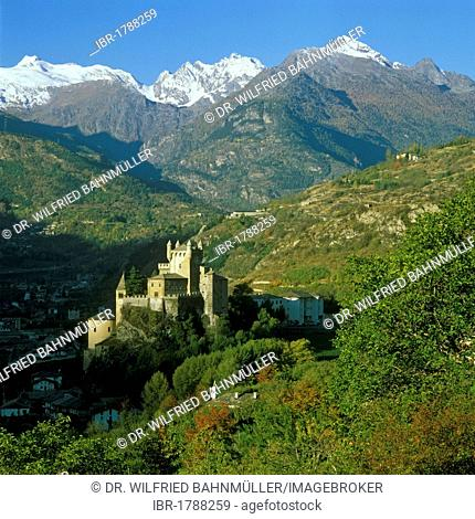 Saint Pierre Castle in front of the Montblanc range, Aosta Valley, Italy, Europe
