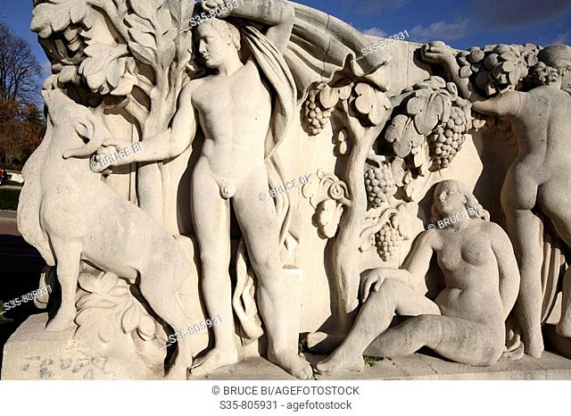 Stone sculptures at the base of the Chaillot pool, Paris. France