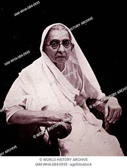Photograph of Swaroop Rani Thussu (1868-1938) wife of Motilal Nehru (1861-1931) and mother of Jawaharlal Nehru (1869-1948). Dated 20th Century
