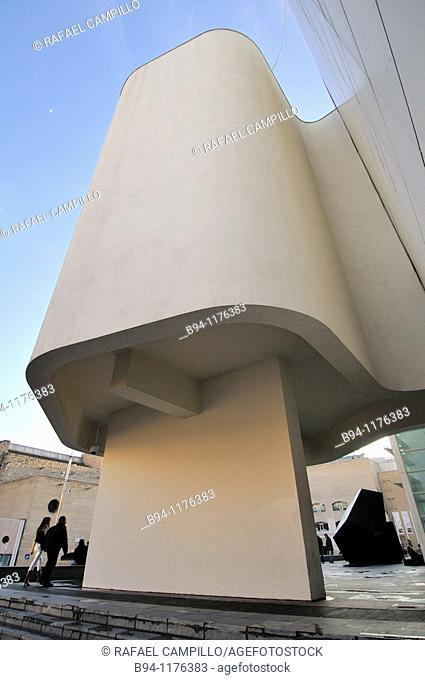 MACBA, Museum of Contemporary Art (1987-95), by Richard Meier). Plaça dels Àngels. Barcelona. Catalonia. Spain