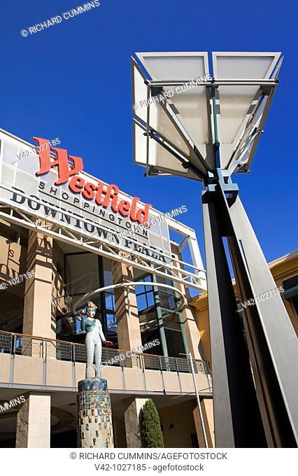 Westfield Downtown Plaza Mall, Sacramento, California, USA