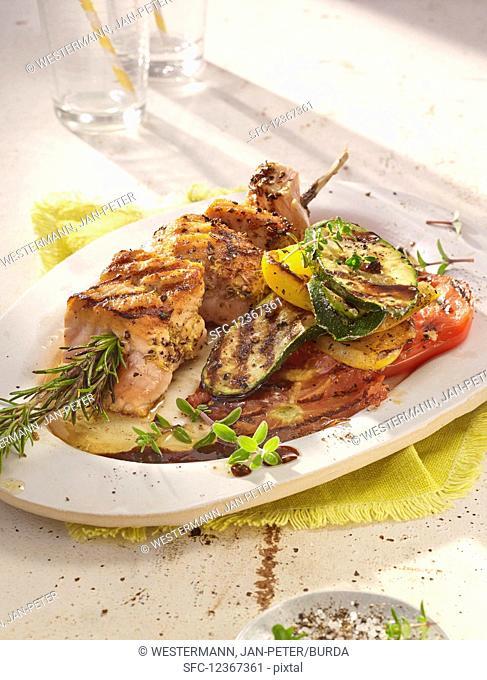 Grilled salami and vegetables