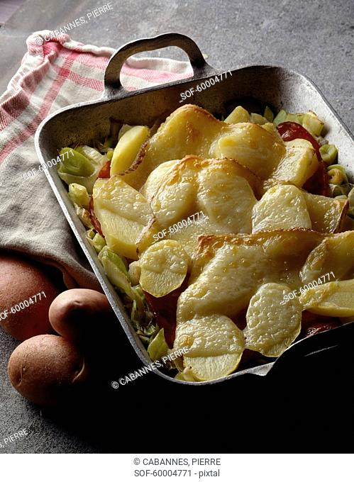 Potato and Manchego cheese-topped dish