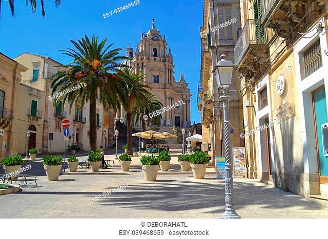 Church of San Giorgio and Piazza Duomo in Ragusa Ibla Sicily Italy