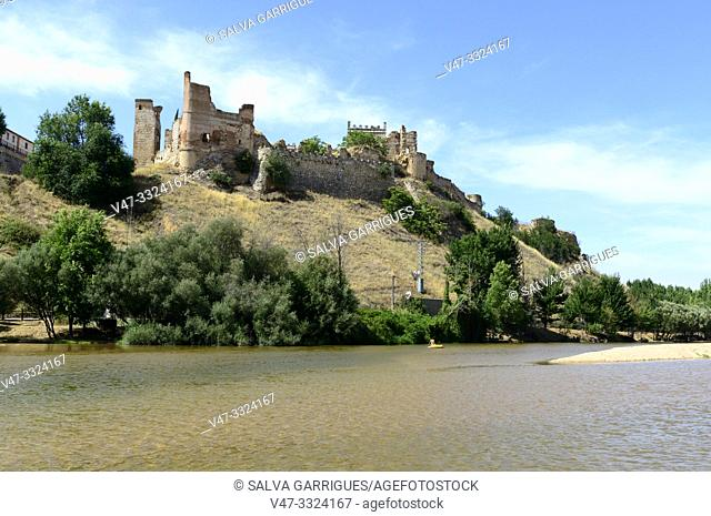 The Castle of Escalona is one of the best and of greater historical value of the preserved ones in the province of Toledo