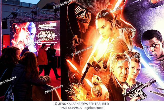 Fans wait on the red carpet at the Zoo Palast in Berlin, Germany, 16 December 2015. This evening the premiere of the new installment 'Star Wars: The Force...