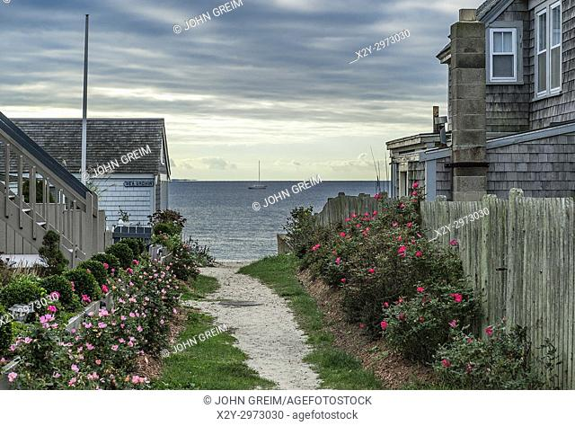 Path to the beach, Provincetown, Cape Cod, Massachusetts, USA