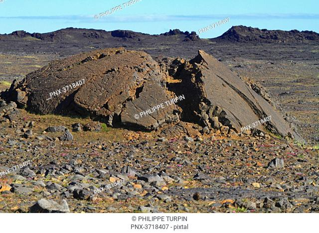 Iceland, Sudurnes, A pressure ridge sometimes referred to as a tumulus