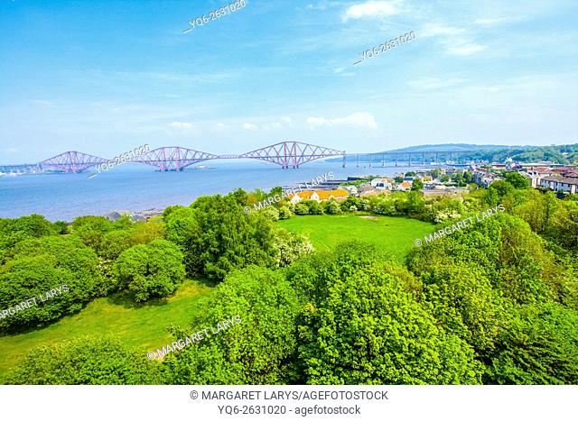 Forth Rail Bridge, a view from the Forth Road Bridge, Queensferry, Scotland, UK