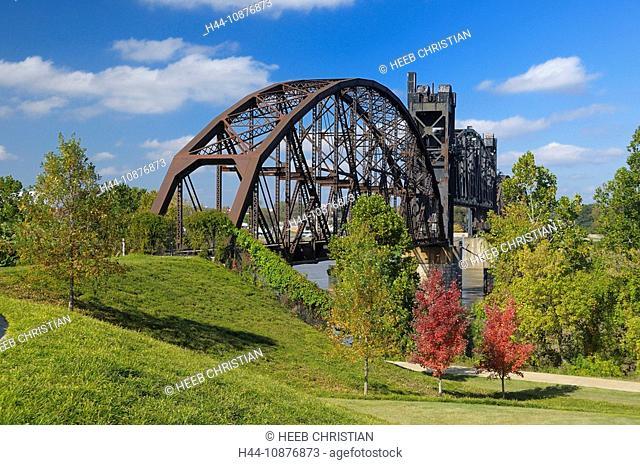 Arkansas River Bridge, Little Rock, Arkansas, USA