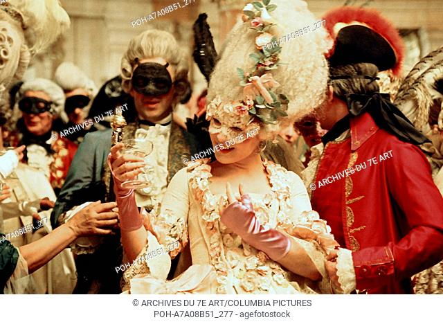 Marie Antoinette Year: 2006 USA Kirsten Dunst,  Director: Sofia Coppola Photo: Leigh Johnson. It is forbidden to reproduce the photograph out of context of the...