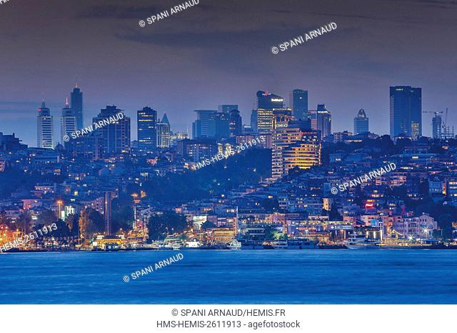 Turkey, Istanbul, Besiktas, european shore night