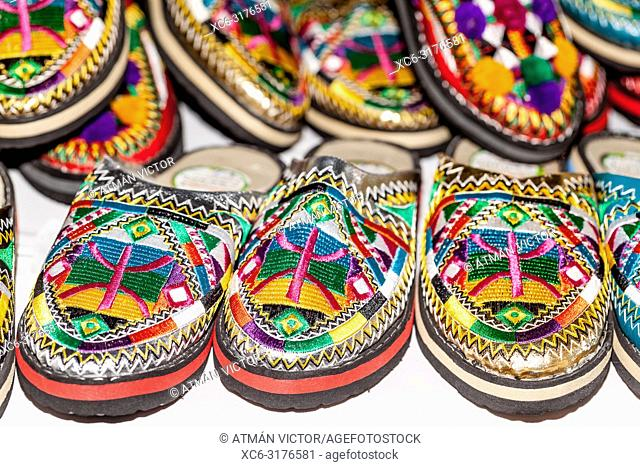 Moroccan shoes for sale at the Tricontinental Crafts Fair of Santa Cruz de Tenerife 2018