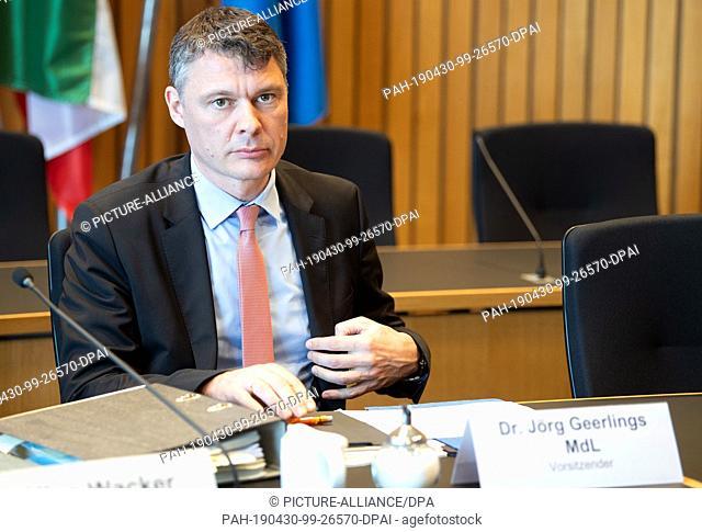 30 April 2019, North Rhine-Westphalia, Duesseldorf: Jörg Geerlings (CDU), Chairman of the Kleve Committee of Inquiry, is waiting for the meeting to begin