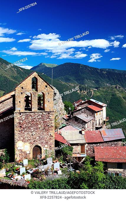 The perched village of Roure in the Tinée Valley, Mercantour national park, Alpes-Maritimes, Provence-Alpes-Côte d'Azur, France
