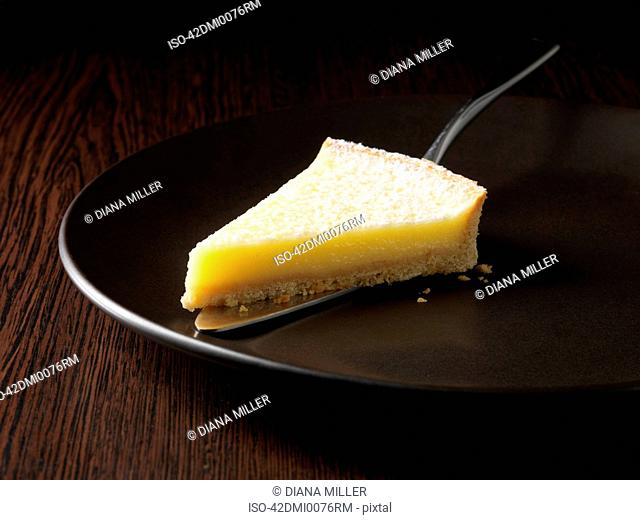 Plate of lemon tarte