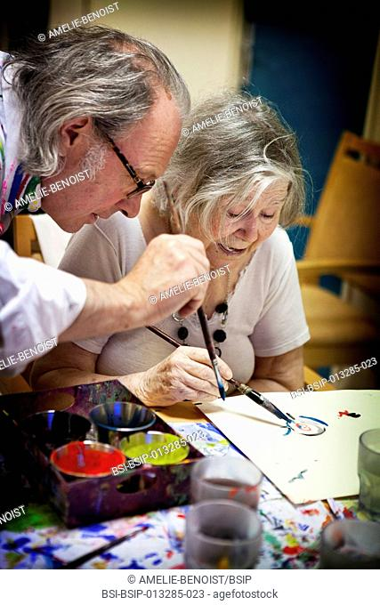 Reportage on art therapy in the Emilie de Rodat retirement home in Rueil Malmaison, France. This retirement home houses people suffering from Alzheimer's...
