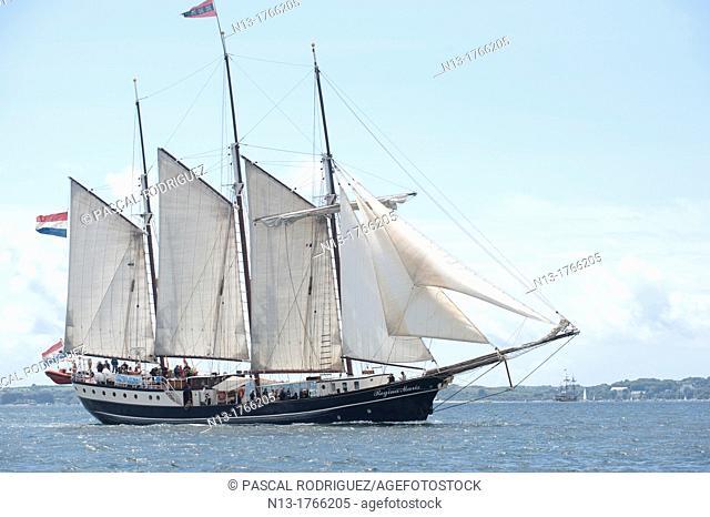 The netherland ship Regina Maris sailing during the 'Tonnerres de Brest 2012' - International maritime festival, Brest France
