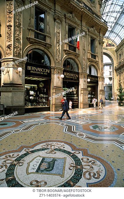 Italy, Lombardia, Milan, Galleria Vittorio Emanuele