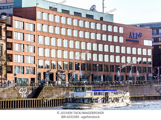 Sightseeing boat on the river Spree, ARD capital city studio, Berlin-Mitte, Berlin, Germany