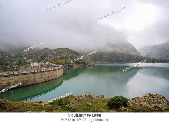 Barrage des Gloriettes, hydroelectric dam and the Lac des Gloriettes lake in the Estaubé valley near Héas, Hautes-Pyrénées, France