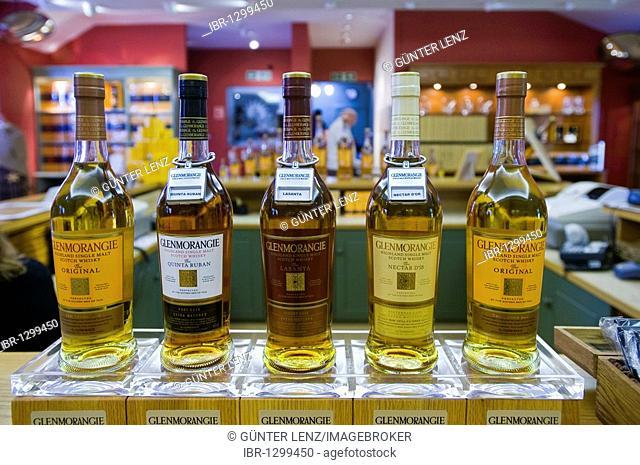 Whiskey bottles, Glenmorangie, whiskey distillery, Tain, Scotland, United Kingdom, Europe