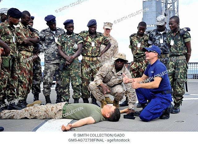 Medical training with Coast Guard Auxilliary, Nacala, Mozambique, 2012. Image courtesy Mass Communication Specialist 1st Class Martin Wright/US Navy