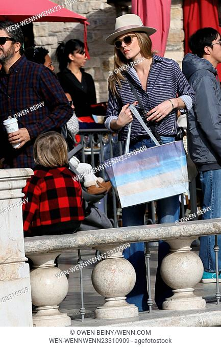Monet Mazur does some Christmas shopping at The Grove with her son Featuring: Monet Mazur Where: Los Angeles, California