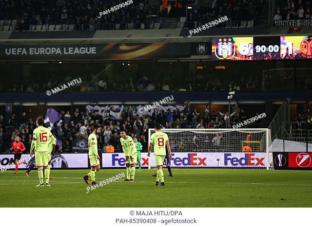 Mainz' team reacting after the 6:1 defeat at the Europa League soccer match between RSC Anderlecht and FSV Mainz 05 in the Constant Vanden Stock Stadium in...