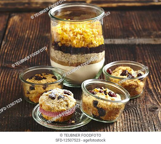 Christmas muffins and baking mix in a glass (Christmas gifting)