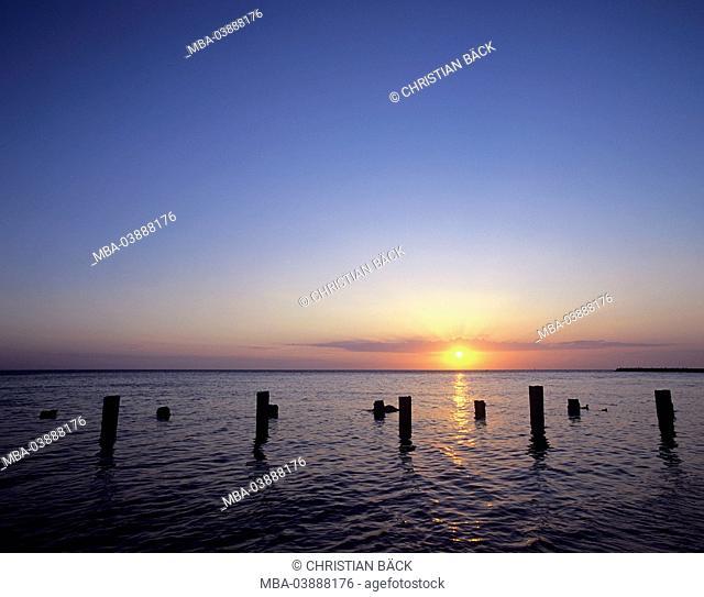 Sundown over the sea, island Helgoland, Schleswig - Holstein, North Germany, Germany, Europe