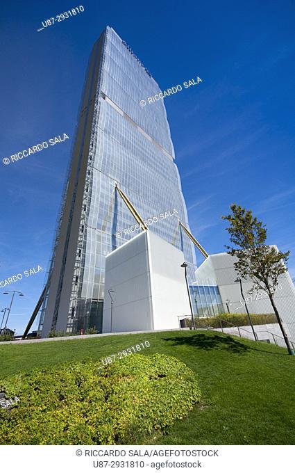 Italy, Lombardy, Milan, Allianz Tower Called Il Dritto by Arata Isozaki
