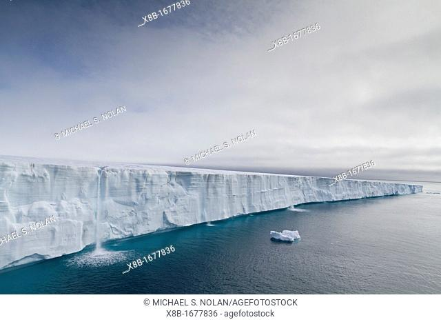 Views of Austfonna, an ice cap located on Nordaustlandet it is the largest ice cap by area and with 1, 900 km3 the second largest by volume in Europe in the...