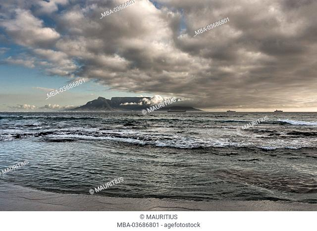 South Africa, Cape Town, Table Mountain with clouds