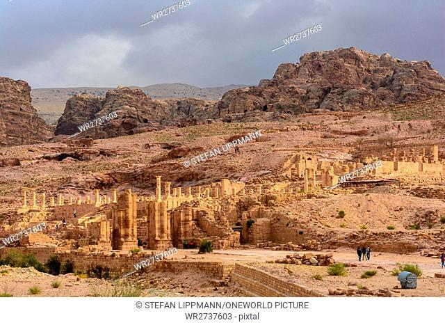 Jordan, Ma'an Gouvernement, Petra District, The legendary rock city of Petra (Stone) is a UNESCO World Heritage site. The main attraction is the so-called...