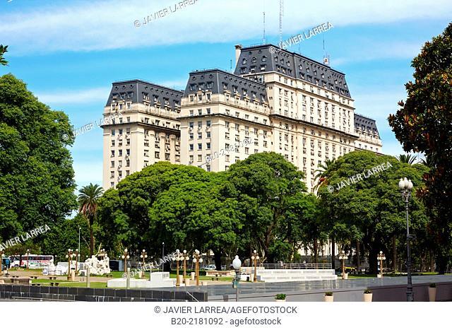 EL Libertador building. Plaza de la Armas. Buenos Aires. Argentina