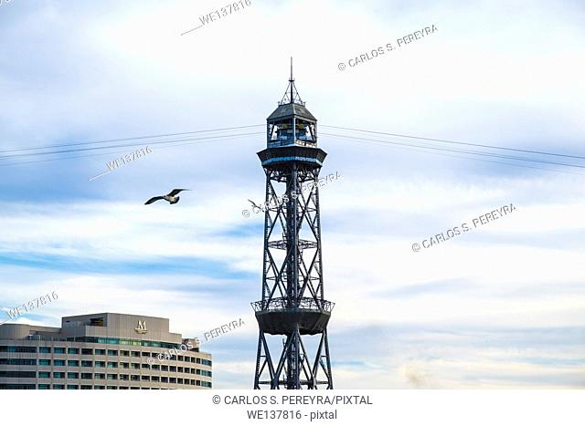 Torre Jaume Barcelona, funicular with two cableway cars and airplain